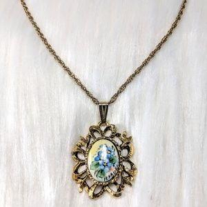 Jewelry - Enamel Cameo Pendant
